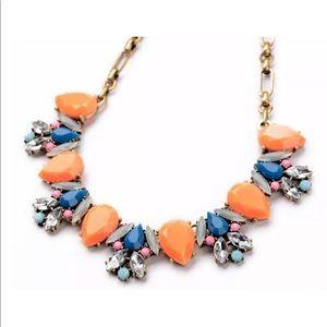 Colorful fashion necklace